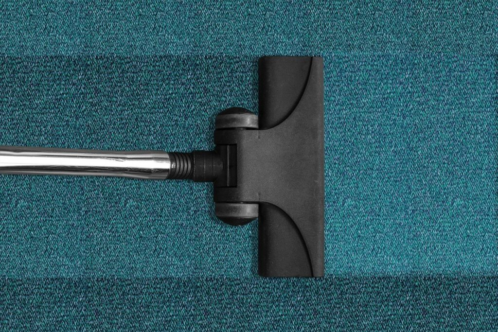 שואב אבק מנקה שטיח